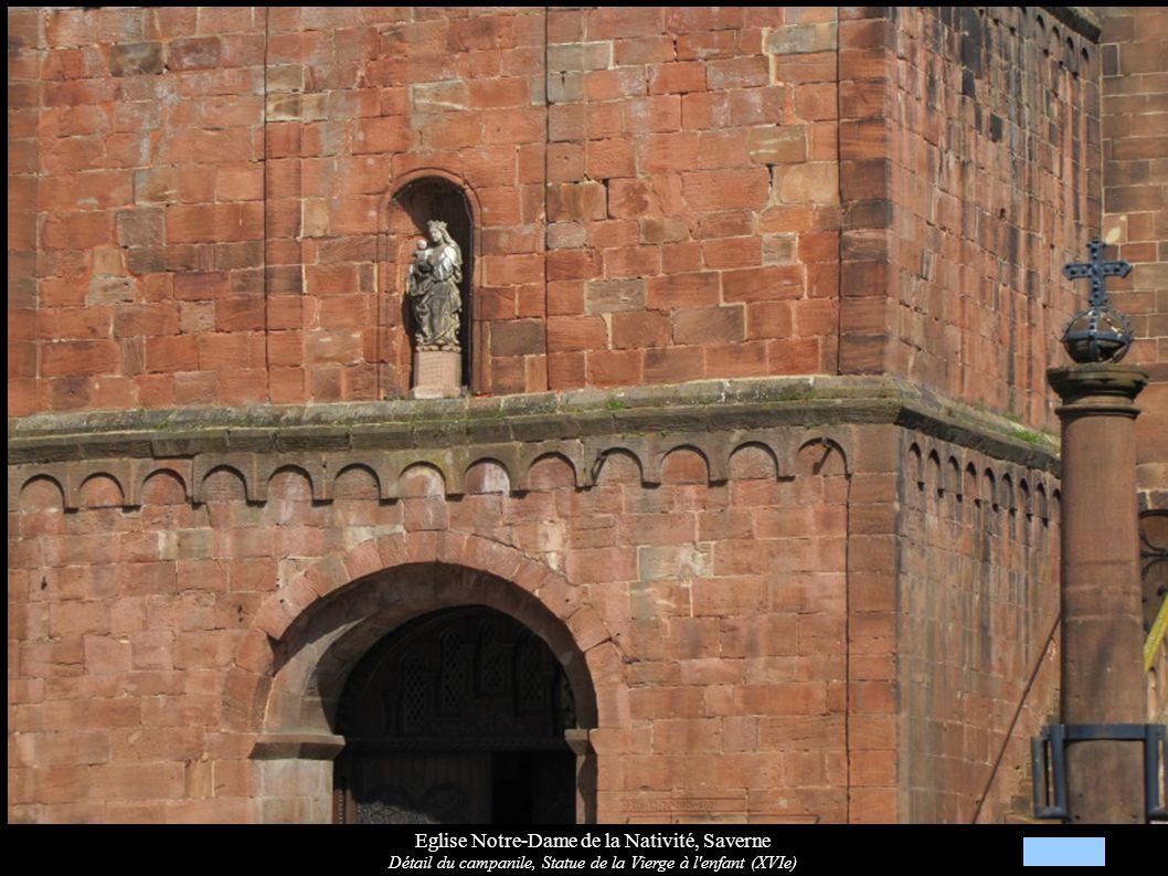Eglise Notre-Dame de la Nativité, Saverne Détail du campanile, Statue de la Vierge à l'enfant (XVIe)