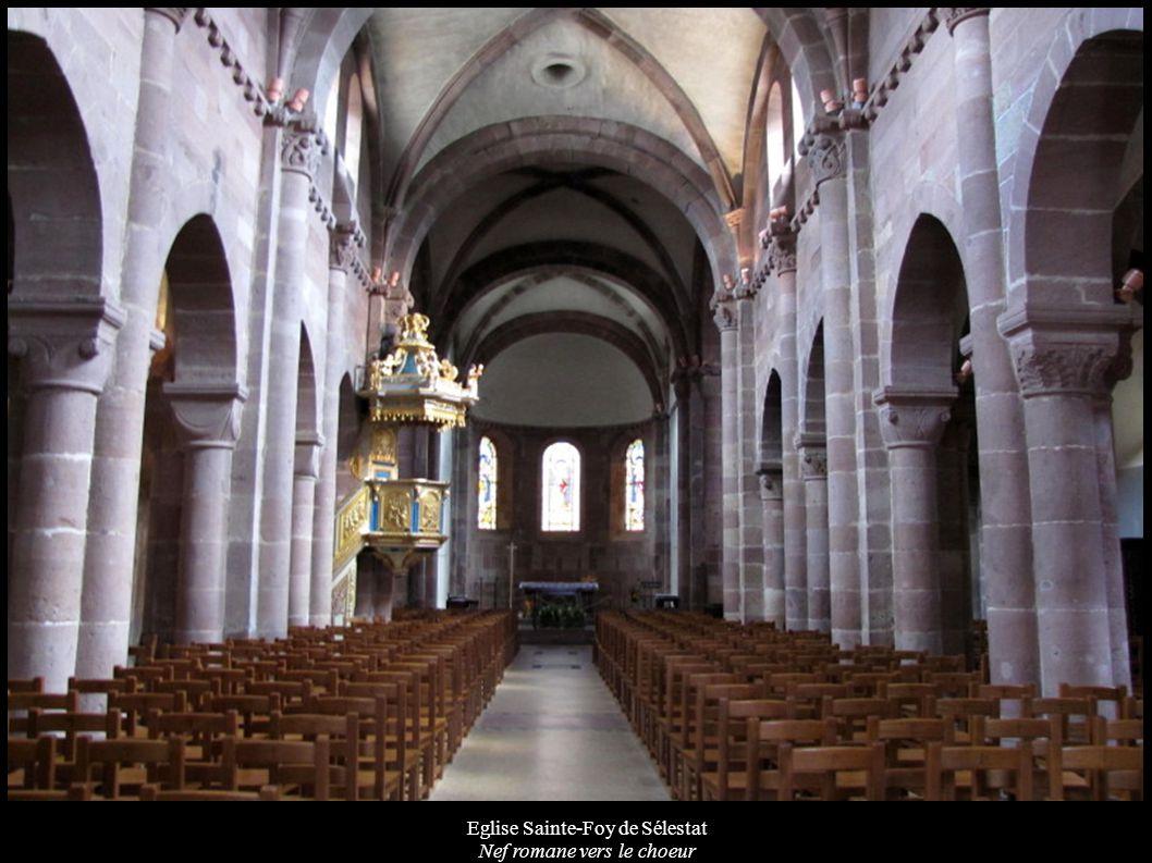 Eglise Sainte-Foy de Sélestat Nef romane vers le choeur