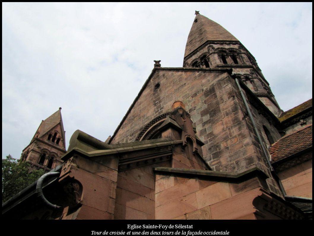Eglise Sainte-Foy de Sélestat Tour de croisée et une des deux tours de la façade occidentale