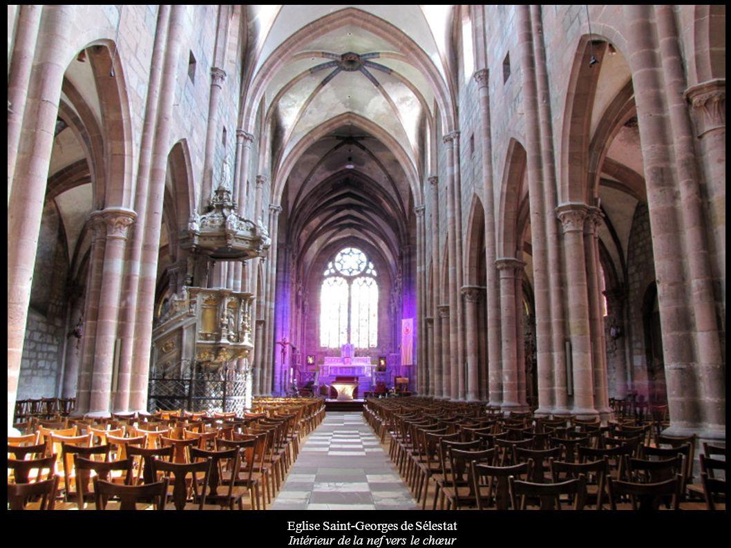Eglise Saint-Georges de Sélestat Intérieur de la nef vers le chœur