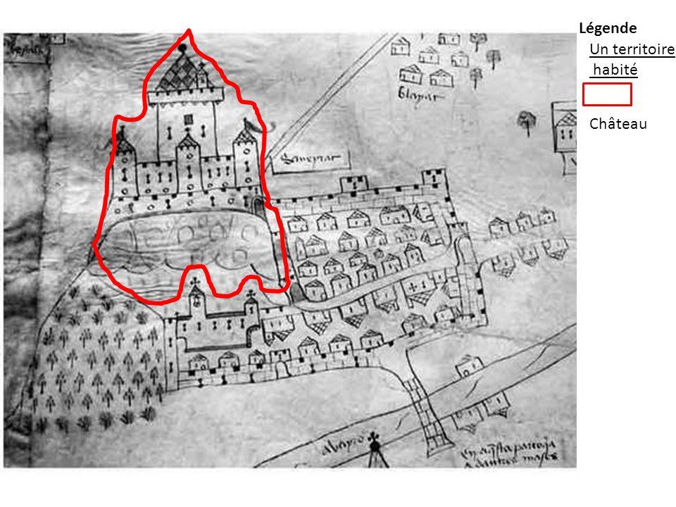 Butte (817 mètres) Donjon Tour de flanquement Chapelle seigneuriale Courtine Créneaux meurtrières Le château fort lieu de défense, de refuge et lieu de vie muraille Porte d'entrée