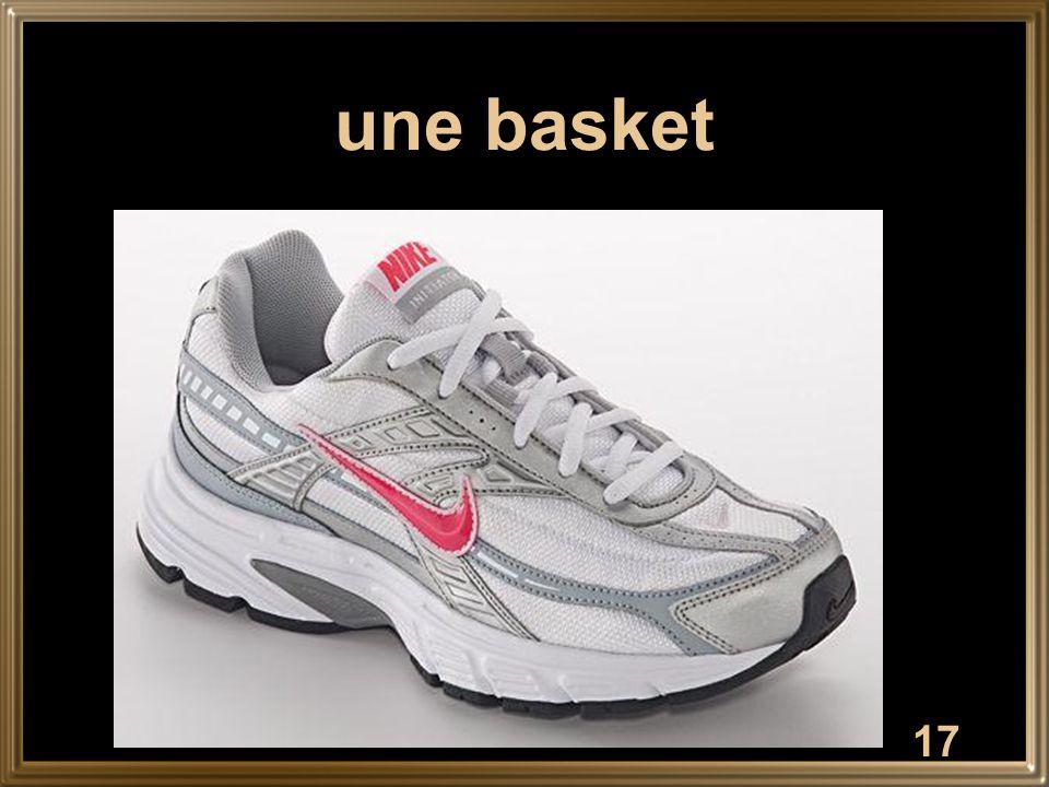 17 une basket