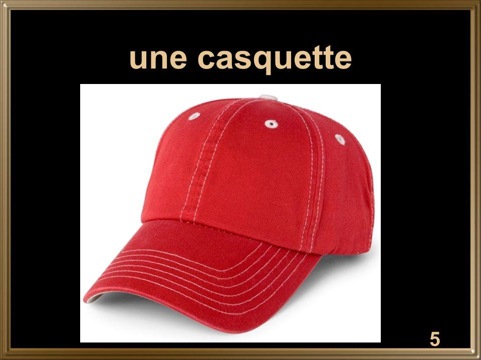 5 une casquette