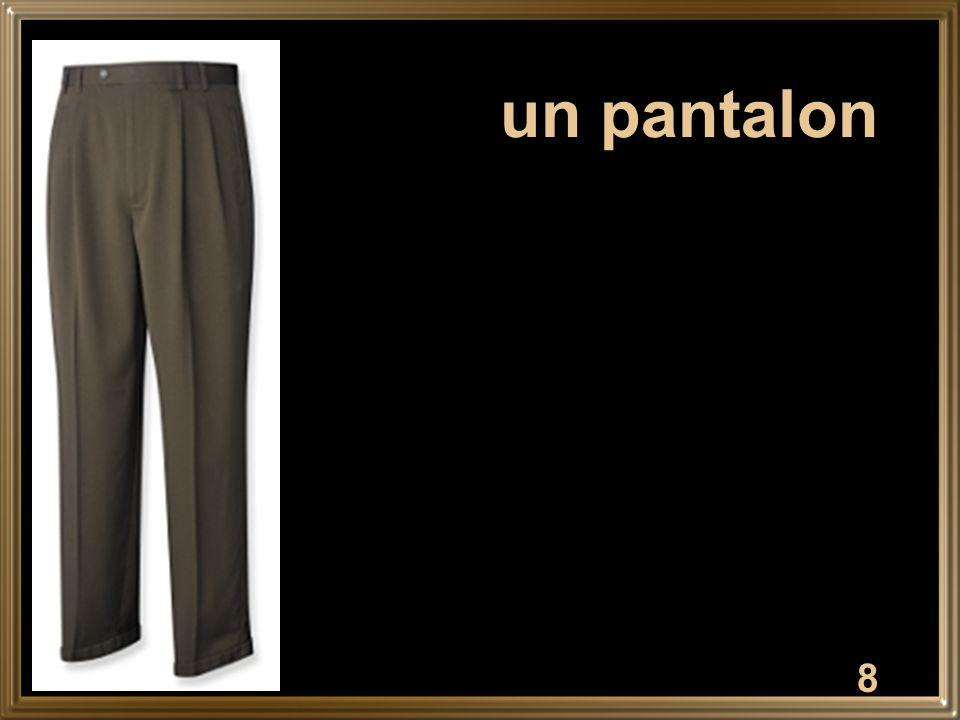 8 un pantalon