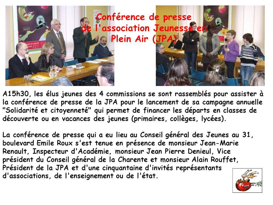 A15h30, les élus jeunes des 4 commissions se sont rassemblés pour assister à la conférence de presse de la JPA pour le lancement de sa campagne annuel
