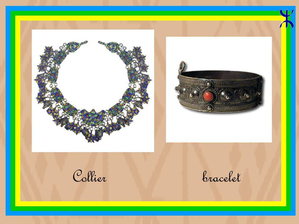 Grande fibule triangulaire en email cloisonné bracelet en argent