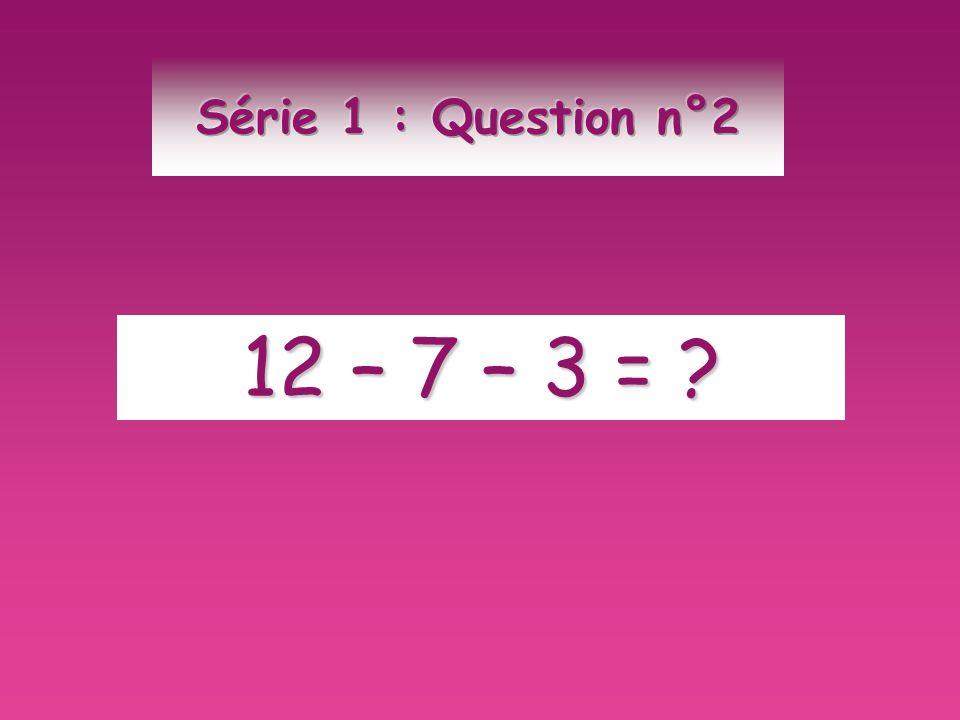 Répondre par VRAI ou FAUX: ( 7 + 2 ) X 8 est une somme