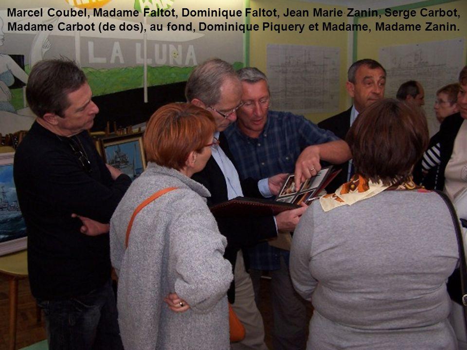 Marcel Coubel, Madame Faltot, Dominique Faltot, Jean Marie Zanin, Serge Carbot, Madame Carbot (de dos), au fond, Dominique Piquery et Madame, Madame Z