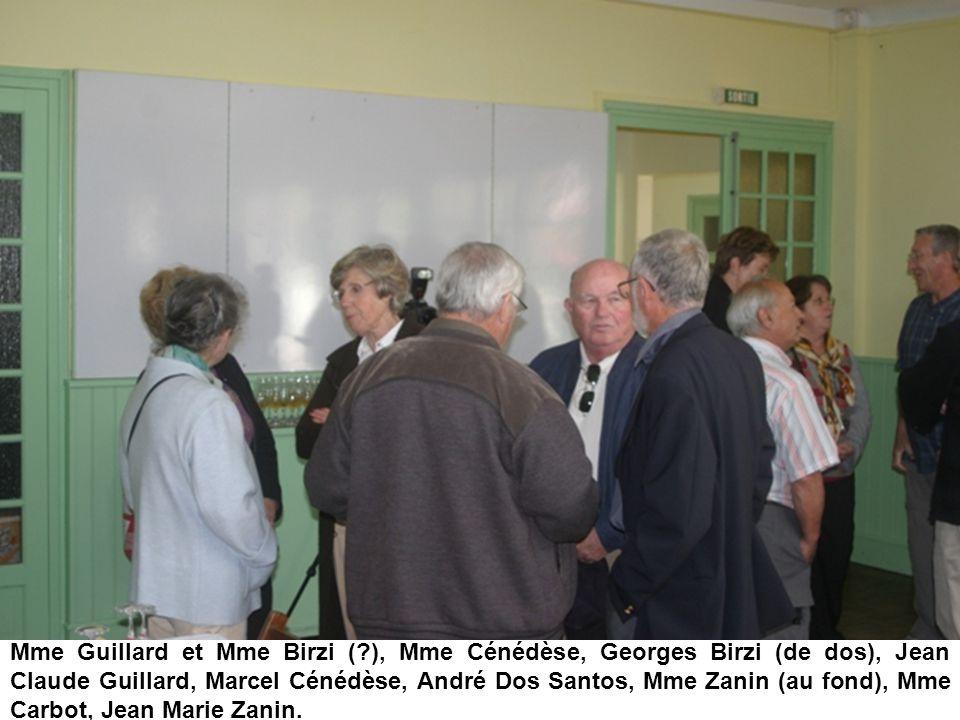 Mme Guillard et Mme Birzi (?), Mme Cénédèse, Georges Birzi (de dos), Jean Claude Guillard, Marcel Cénédèse, André Dos Santos, Mme Zanin (au fond), Mme