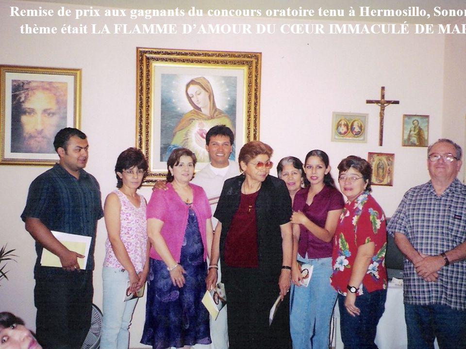 15 Remise de prix aux gagnants du concours oratoire tenu à Hermosillo, Sonora. Le thème était LA FLAMME D'AMOUR DU CŒUR IMMACULÉ DE MARIE.