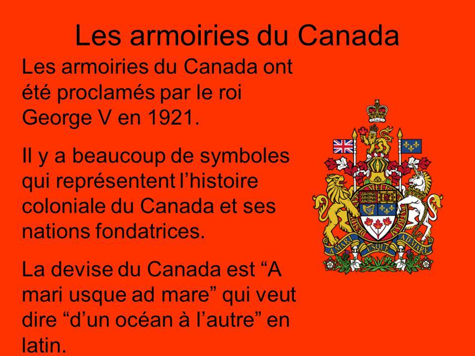 Les armoiries en détail Le cimier (crest) – le lion couronné en or représente le courage et la valeur.