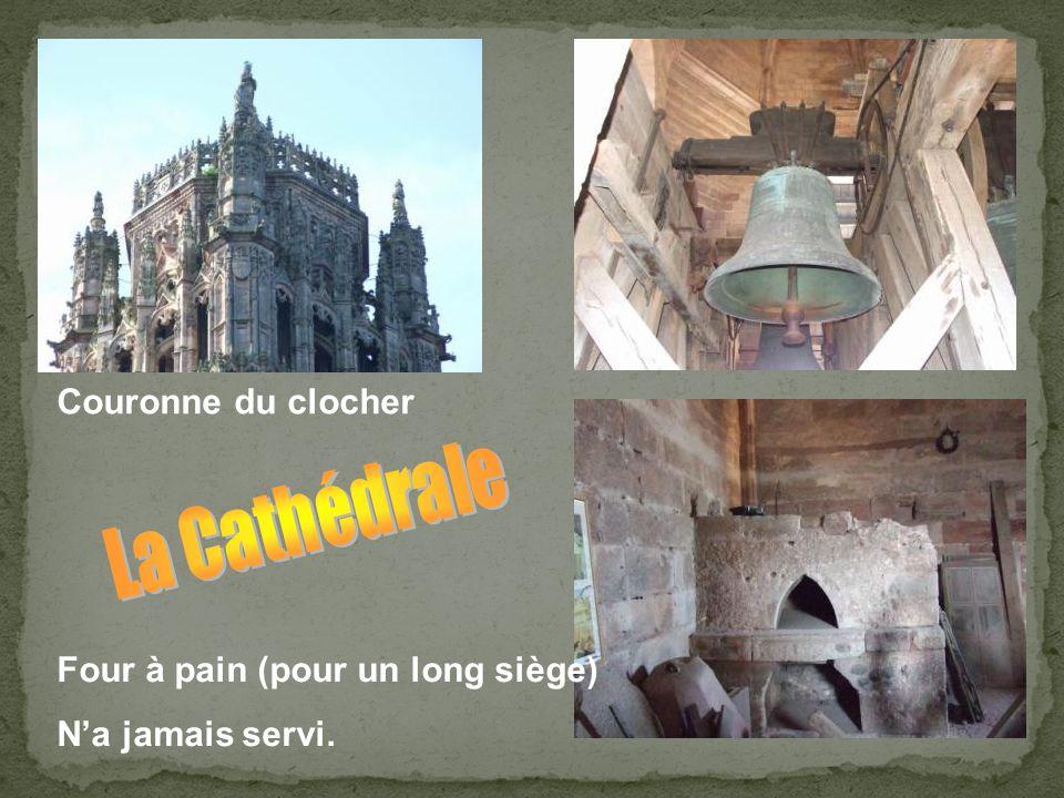 O clocher de Rodez, qu'on voit de trente lieues! Toi qui, par le ciseau de nos aïeux sculpté, Au dessus du sommet où leur foi t'a planté, Jaillis à tr
