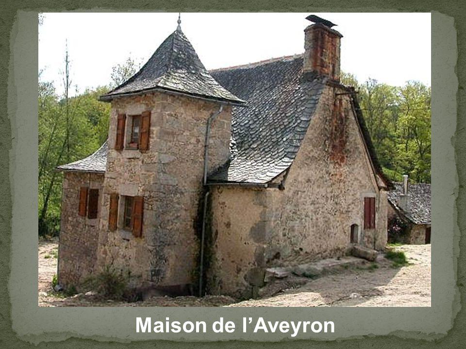 Moulin de Roupeyrac (Cne de Durenque) Là ou naquit le poète François Fabié.