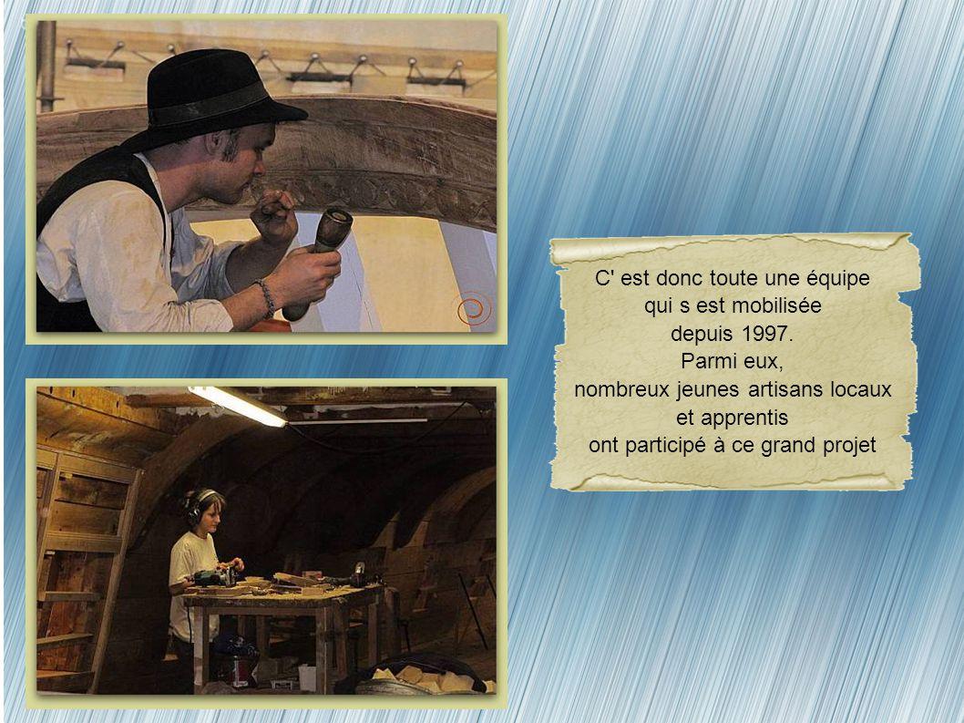 Si autrefois la main-d' œuvre, ne manquait pas, aujourd' hui, seuls quelques artisans possèdent le savoir-faire indispensable. Les bûcherons ont couru