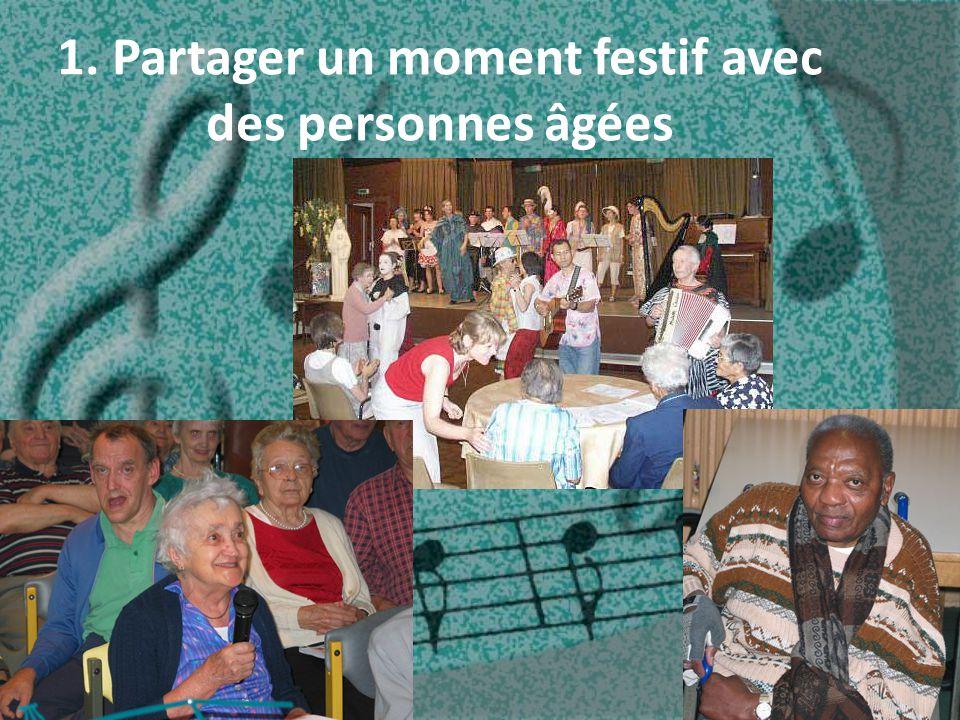 1. Partager un moment festif avec des personnes âgées