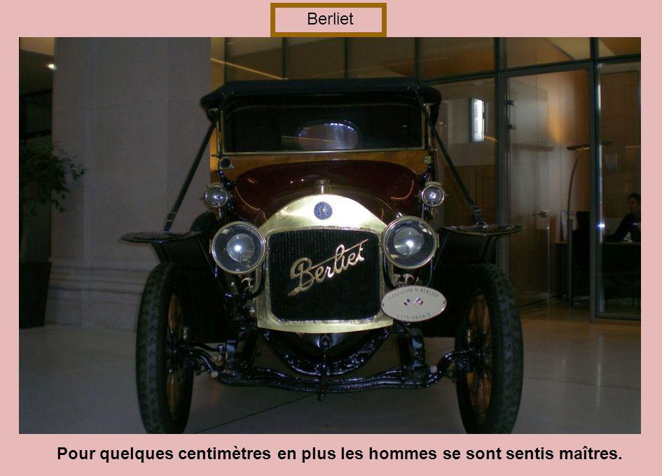 highly desirable Rolls Royce Phantom II Les hommes ont toujours 20 ans de retard…