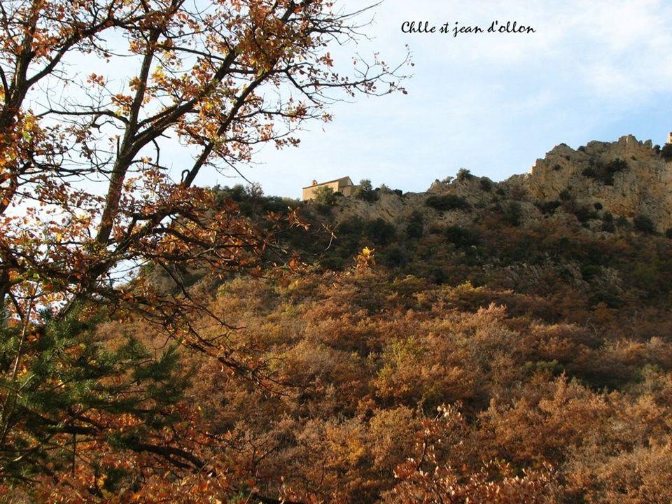Entre vercors et Diois la Chlle du village d'Ansage