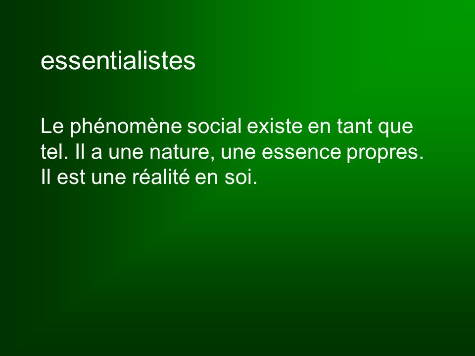 socialisation primaire = « première socialisation que l'individu subit dans son enfance, et grâce à laquelle il devient membre de la société » (p.