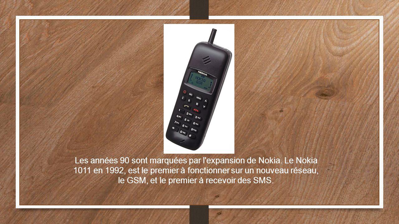 Les années 90 sont marquées par l'expansion de Nokia. Le Nokia 1011 en 1992, est le premier à fonctionner sur un nouveau réseau, le GSM, et le premier