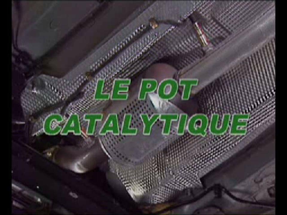 En mode de régénération active, la combustion des particules s'effectue grâce à une élévation contrôlée de la température des gaz d'échappement provoquée par l'électronique de gestion moteur.