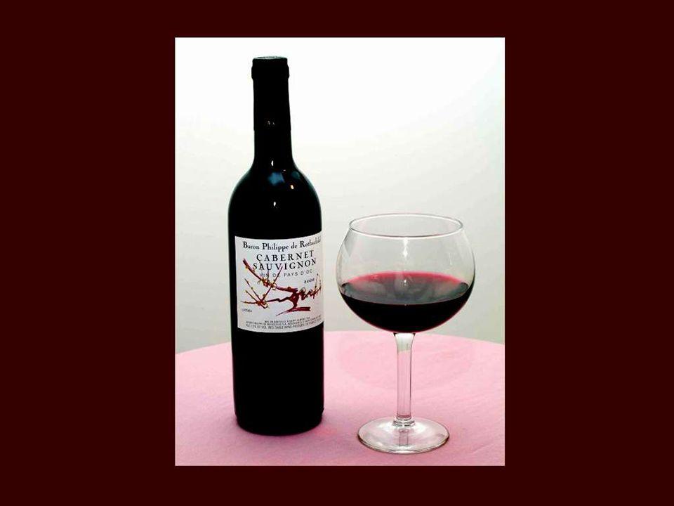 Le ciel fit l'eau pour Jean-qui-pleure et il fit le vin pour Jean-qui-rit. Antoine Désaugiers
