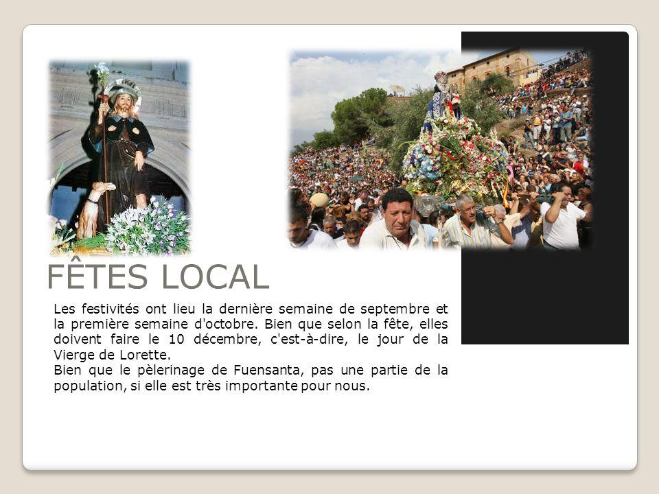 Nos installations de la paroisse Club de Tennis de Algezares, sur la montée de la Fuensanta. Centre culturel. Auditorium Miguel Angel Clares. Groupe s