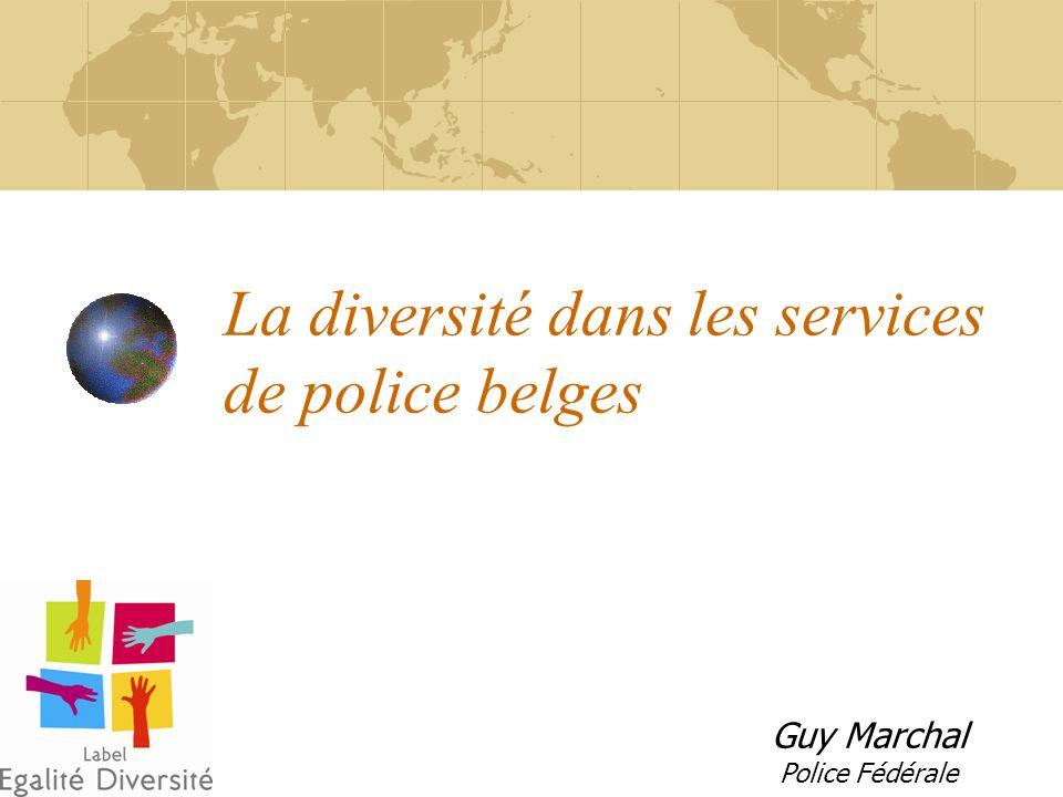 Beleid inzake « diversiteit » - Concept Politie = werkgever + Politie = Openbare dienst « Identitaire diversiteit » GEEN positieve discriminatie Waakzaamheid, preventie, straf Opleiding, communicatie en cultuur