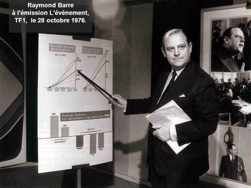 Raymond Barre à l'émission L'événement, TF1, le 28 octobre 1976.