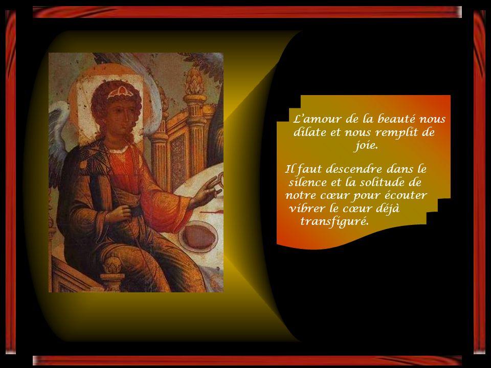 L'icône provient de l'Église, avant-goût du Royaume. Elle en révèle la beauté et la joie. L'icône nous introduit en sa