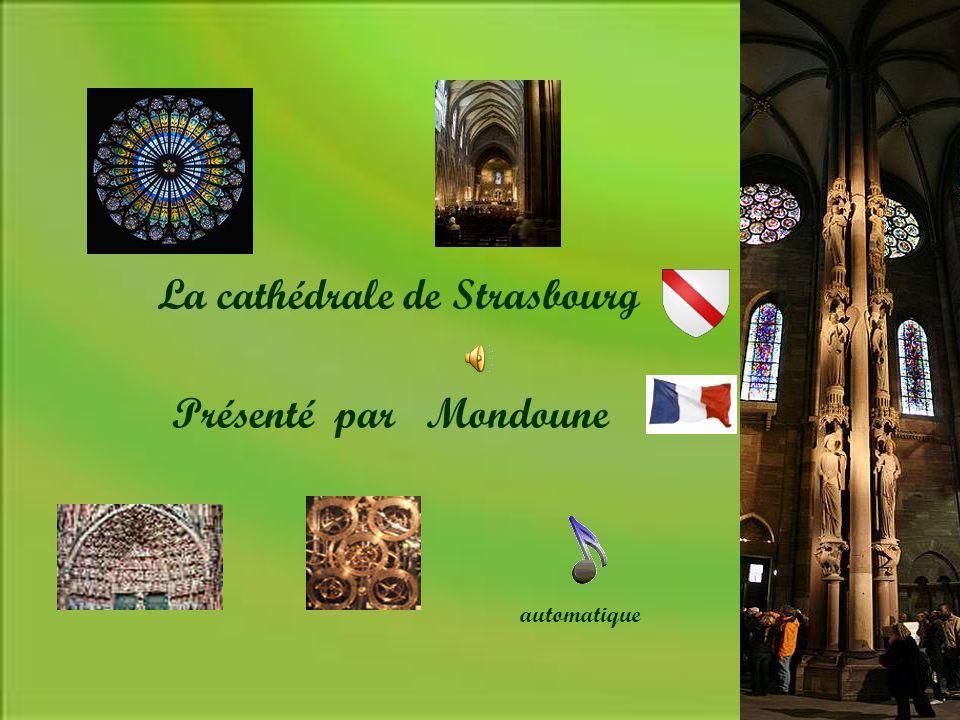 Qualifié par Victor Hugo de : Prodige du Gigantesque et du Délicat: Elle dresse sa façade rose et son imposante Flèche sur une large place pavée au cœur Du vieux Strasbourg.