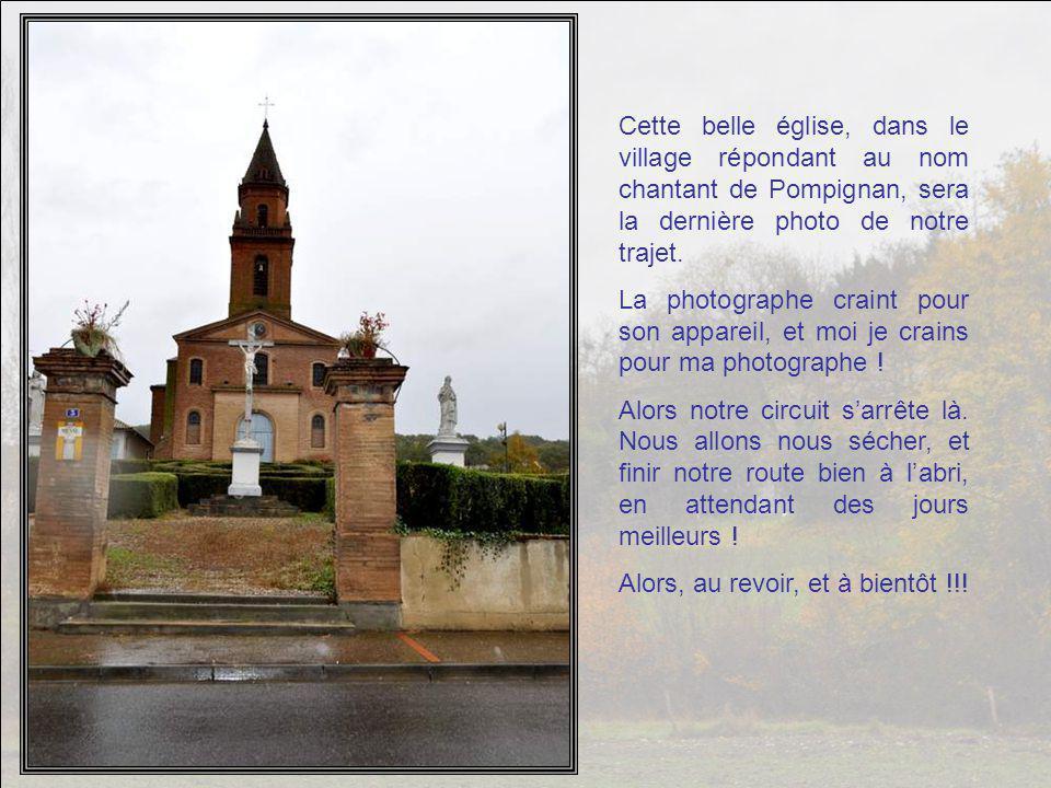 A Saint-Porquier, cette maison a mis sa parure d'automne.