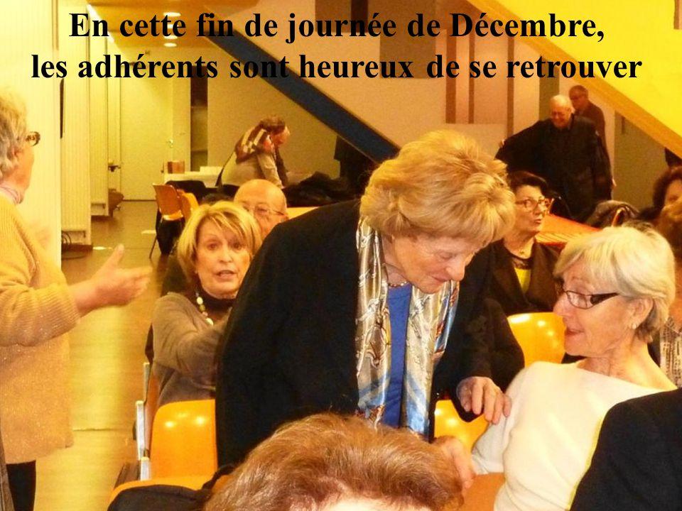 A PRUNET, chez la Thérèse d'en Julià « Vos que teniu dins l'Aspre catalana un mas tan blanc, Teresa d'en Julià… Vous qui possédez dans l'Aspre catalane un mas si blanc… … i sobretot el llapinot salvatge que en el sarro m'heu volgut regalar.