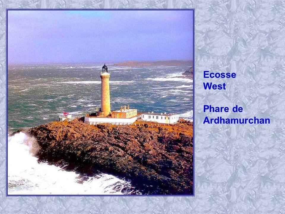 France, Morbihan Phare des Grands Cardinaux.