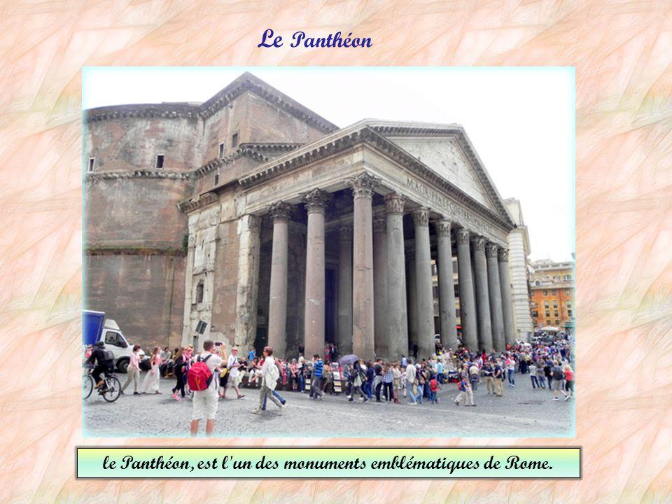 Le temple de Romulus (le fils de l'Empereur Maxence) L'arc de Vespasien et de Titus