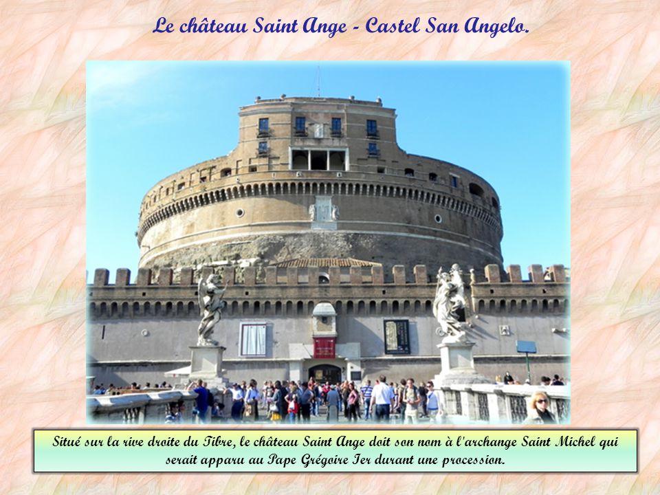 Le Panthéon le Panthéon, est l'un des monuments emblématiques de Rome.