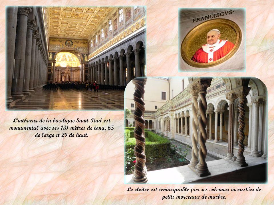 La Basilique Saint Paul hors les Murs La Basilique Saint Paul est l'une des quatre basiliques majeures de Rome. Elle est construite à l'emplacement de