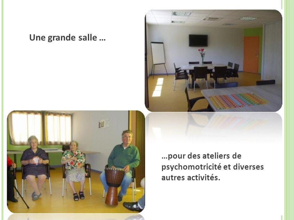 …pour des ateliers de psychomotricité et diverses autres activités. Une grande salle …