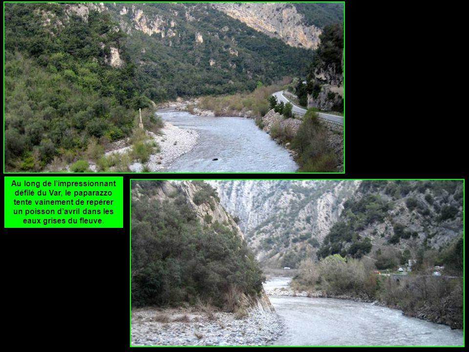 Pas plus de succès en amont, où la vallée s'élargit jusqu'à la clue d'Entrevaux.