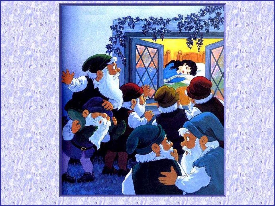 Non, ce n'étaient pas des enfants, mais des nains, sept nains qui tra- vaillaient dans la grotte de la mon- tagne. Quel étonnement en rentrant le soir