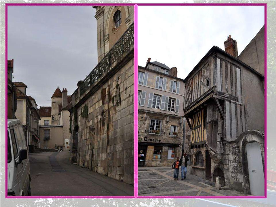 Nous voici à Clamecy, côté urbain… Nous voici donc à Clamecy, côté urbain