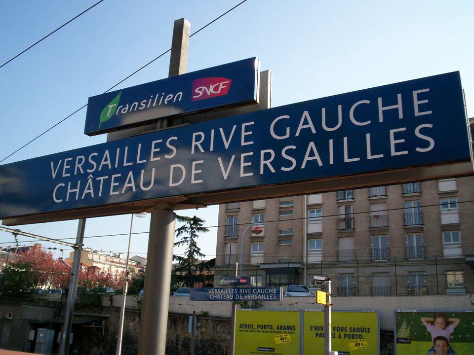 C'est la vie de château pour le RER C. Une rame qui dessert Versailles est habillée de décors royaux. Les 550.000 voyageurs quotidiens peuvent découvr