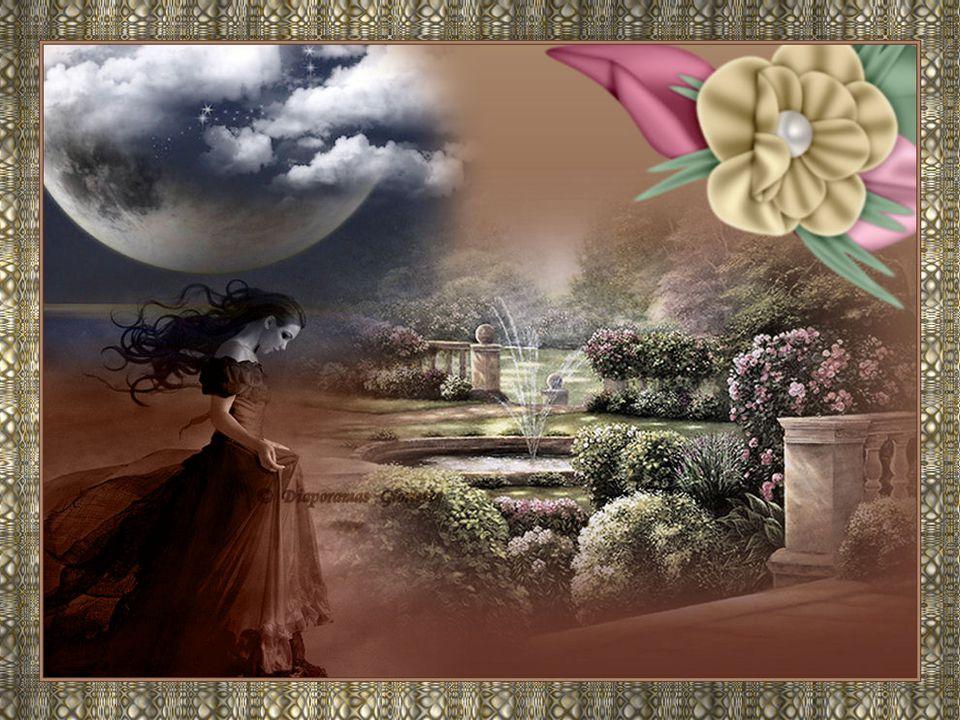 Des rubans de soie s'agitent sous la lune Et des rires traversent l'écho du soir Dans le jardin les fleurs une à une Cette nuit s'endorment dans le noir.