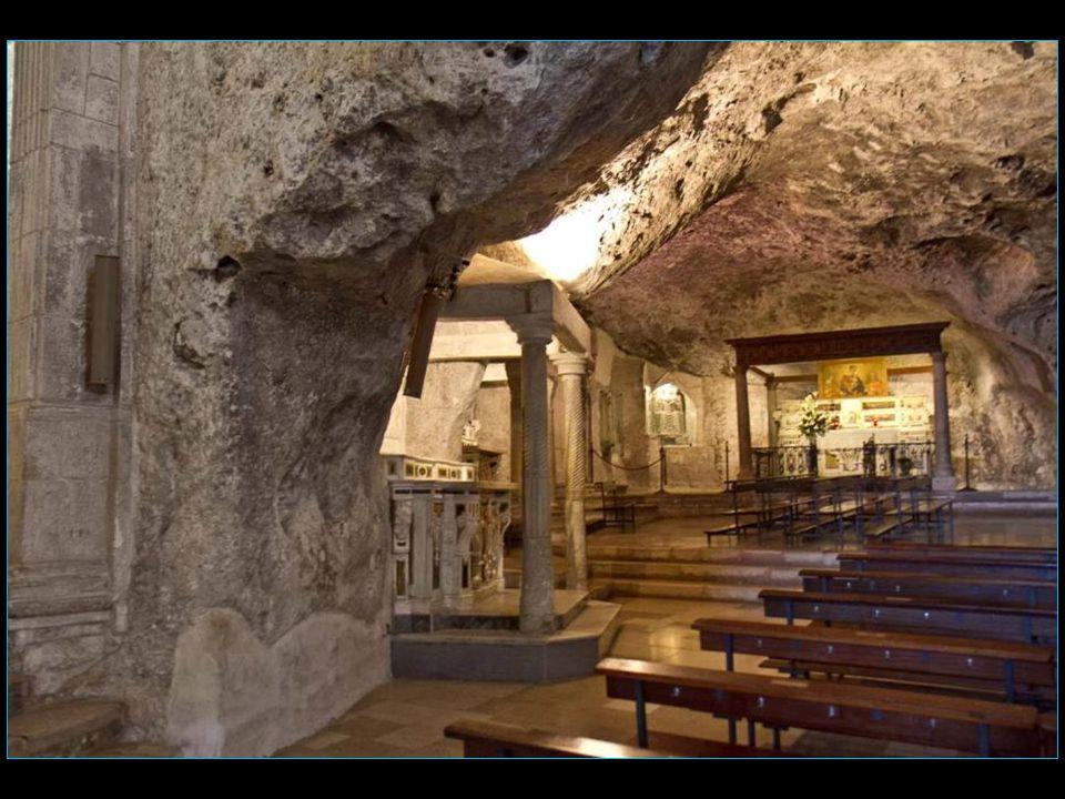 arrivons à la grotte sanctuaire