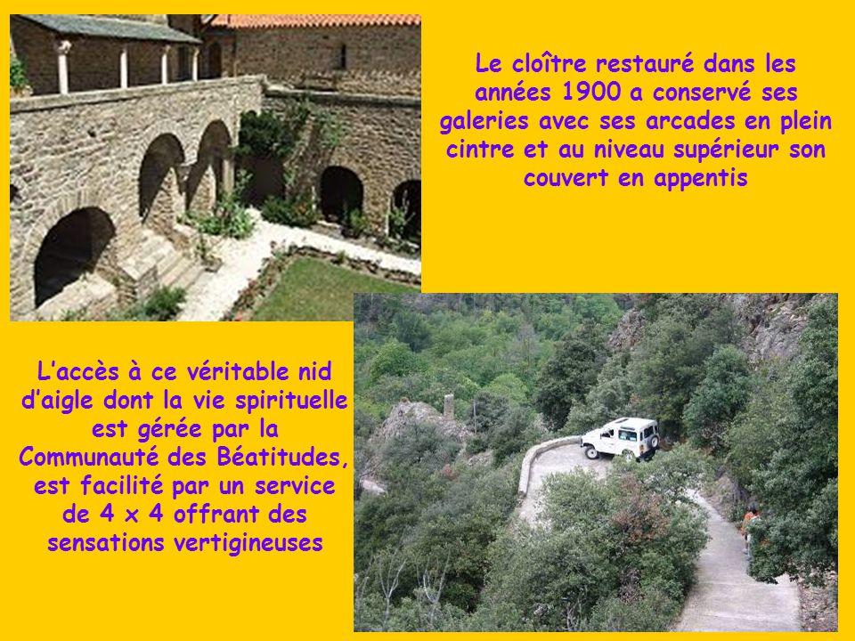 Fondée au 10° s. par Guifred II, conte de Cerdagne, l'Abbaye de St Martin de Canigou, joyau de l'art roman, niché sur son piton rocheux du massif du C