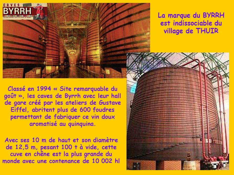 Aux portes des Aspres, le piémont du Canigou, THUIR connut son heure de gloire au 19° s. grâce aux frères Simon et Pallade VIOLET qui inventèrent l'ap