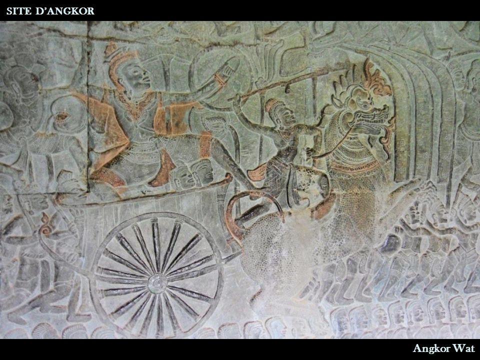 Barattage de la mer de lait pour obtenir l'eau d'immortalité SITE D'ANGKOR Angkor Wat