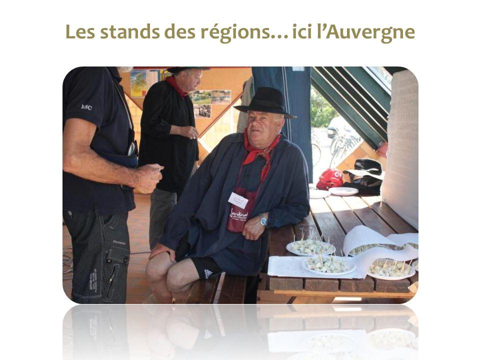 Les stands des régions…ici l'Auvergne