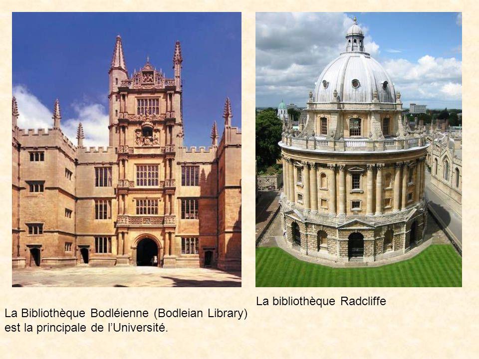 La Bibliothèque Bodléienne (Bodleian Library) est la principale de l'Université.