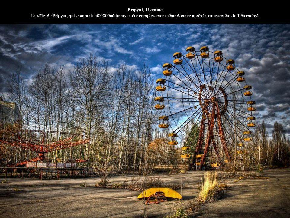 Pripyat, Ukraine La ville de Pripyat, qui comptait 50'000 habitants, a été complètement abandonnée après la catastrophe de Tchernobyl.