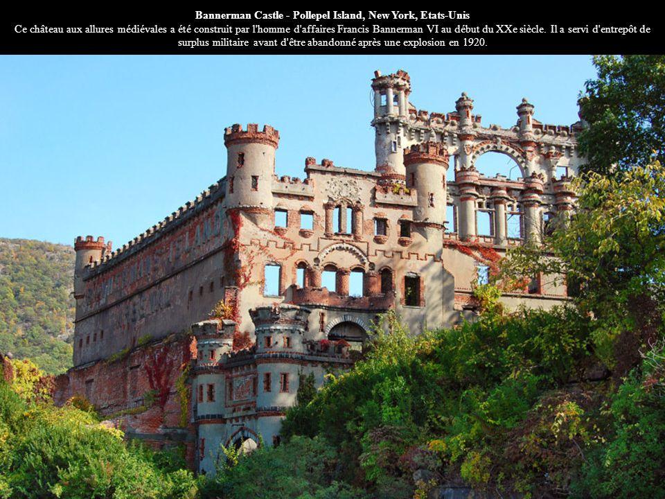 Bannerman Castle - Pollepel Island, New York, Etats-Unis Ce château aux allures médiévales a été construit par l'homme d'affaires Francis Bannerman VI